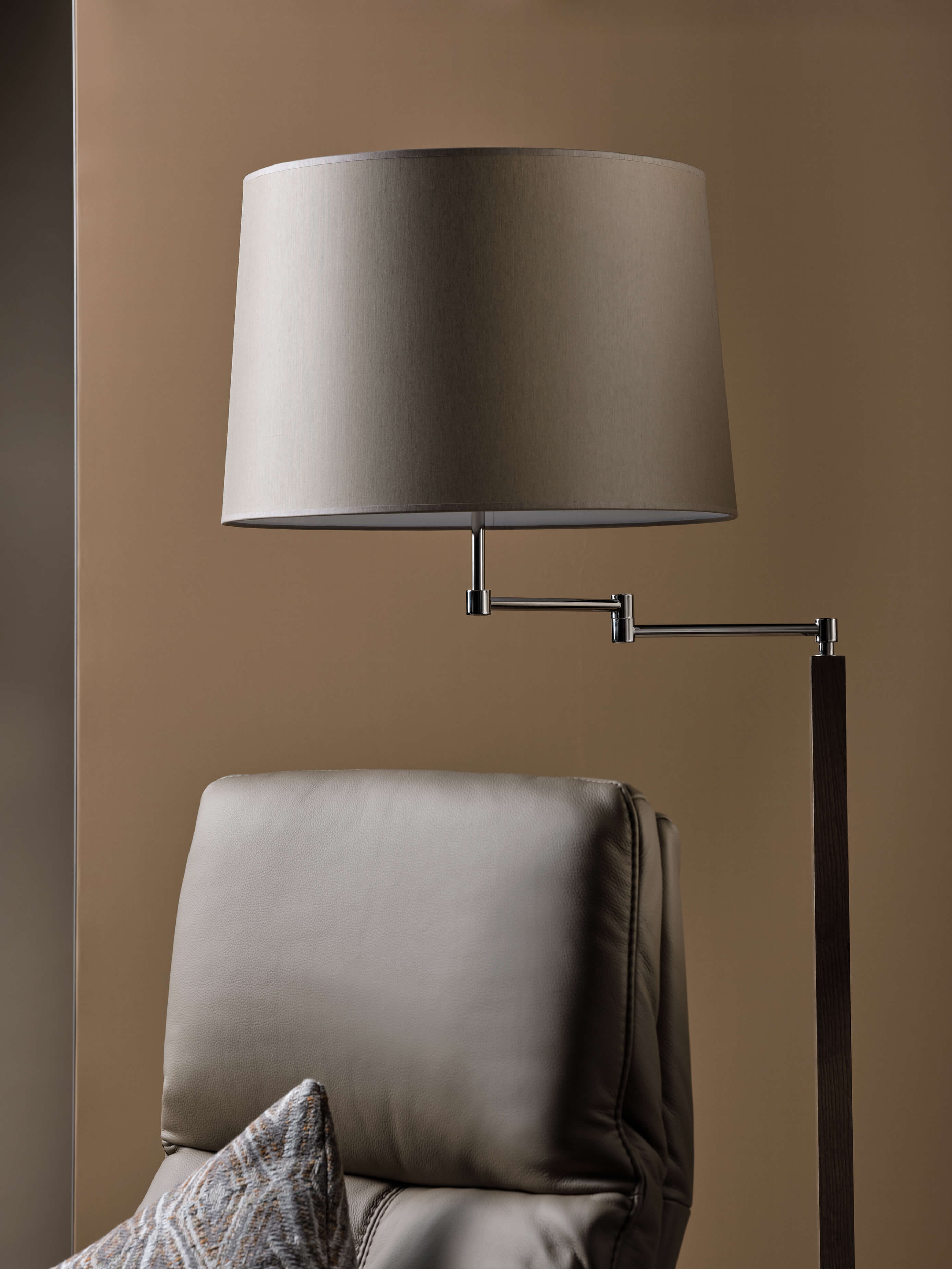 Lampadaire Liseuse, Living Rom